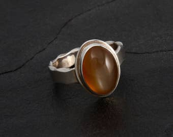 Peach Moonstone - Ring - Sterling Silver - Size 8.5