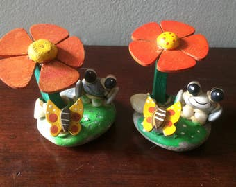 1970s MOD Rock Frogs on Lillypad