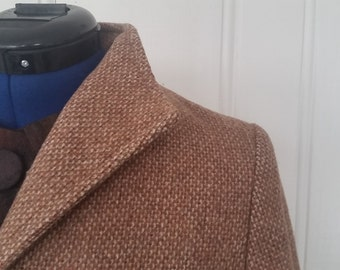 SALE! Stylish in Tweed • 1980s does 1940s Swing Coat