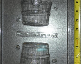 2 Piece Bushel Basket Chocolate Mold (ao 1672)