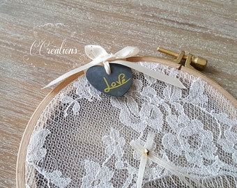 Carrier ring, Circle Framed Embrodery, lace and ardoise heart