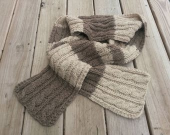 Cabled scarf (soft stripes)