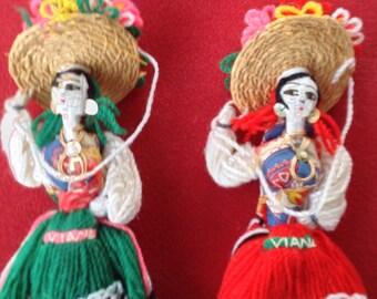 """Vintage Portugese folk """"Santa Maria"""" string yarn dolls"""