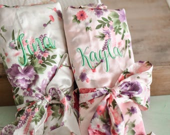 Personalized Floral Robes for Bridesmaids, Satin Floral Bridesmaid Robes, Bridesmaid Gifts Monogrammed Robes (FR001-2)