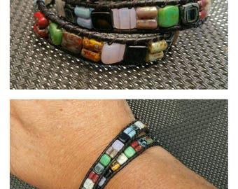 """Bracelet """"Mosaic"""" 2 laps in leather and pearls Czechs. For man or woman."""