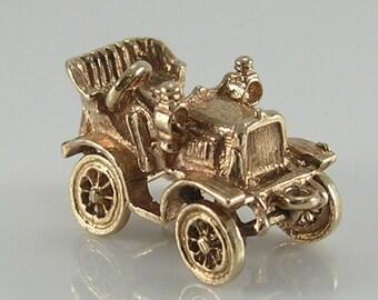 Vintage 3D 9ct Gold Movable Vintage Car Charm.H/MK 1977