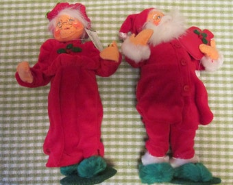 Annalee Mr. and Mrs. Santa Claus Christmas Home Decor Collectible Soft Sculpture Dolls