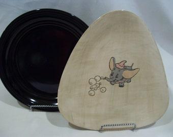 Dumbo Triangle Shaped Plate,Handmade Glazed Plate,Dumbo with Bubbles,Disney Plate,Flying Dumbo