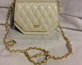 Vintage cream leather shoulder bag