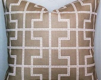 Pillow Cover-Bleecher-Linen-Taupe-Geometric