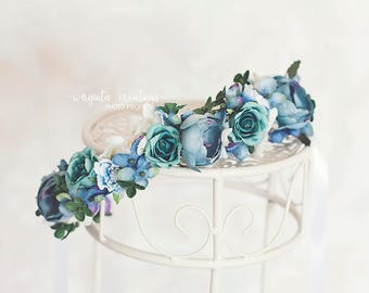 Flower tie back/headpiece from 6 months old (can fit an adult aswell). Dusty blue. Photo props. Ready to send