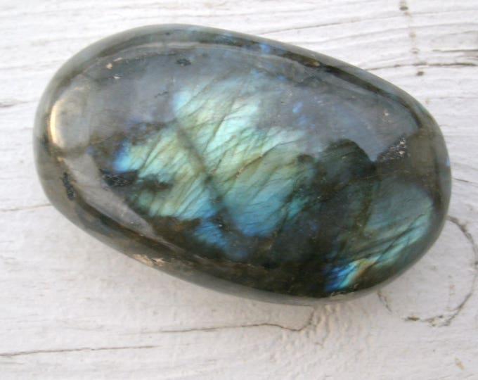 Labradorite palm stone, Natural Polished freeform, stone for wire wrapping, crystal healing, collecting, specimen display, rocks & minerals