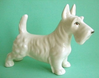 Vintage Scottish Terrier ~ Westie scottie dog white pottery ceramic figurine signed England cute kitsch alert pose approx 6.25 inches size