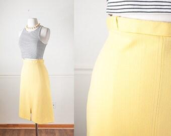 Pale Yellow A Line Skirt, 70s Skirt, Yellow Skirt, High Waisted Skirt, Knee Length Skirt, Midi Skirt, Minimalist Clothing, Spring Skirt,