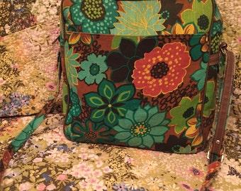 Groovy Mod Floral 1970s Messenger Travel Bag