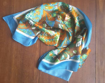 Vintage scarves with gorgeous vintage colors.