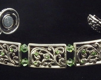 Peridot Green Bracelet with Swarovski Crystals and Magnetic Clasp