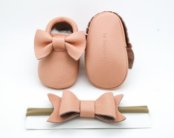 Baby Moccasins, Baby Blush Pink Bow Moccasins, Baby Leather Shoes, Genuine Leather Moccs, Toddler Moccasins, Baby Moccs, Baby Shower Gift