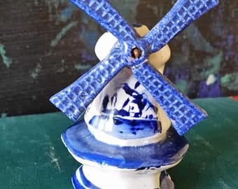 Vintage Blue and White Delft Dutch Windmill Salt Shaker Movable Spinning Blades