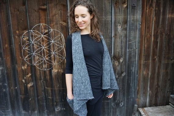 Waterfallvest for WomenI grey sleeveless Vest made out of Wool I Grey Vest with handmade wooden button I Womens wrapvest