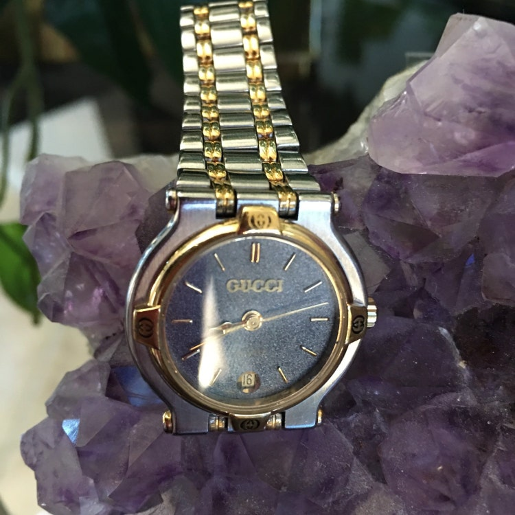 Gucci Ladies 9000l Vintage Watch Two Tone Gold By