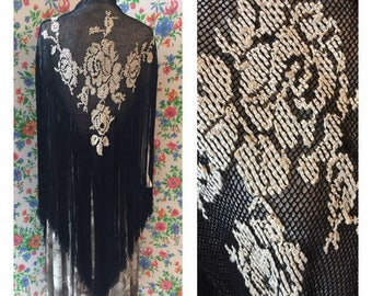 20s Silk Shawl - Embroidered Shawl With Fringes