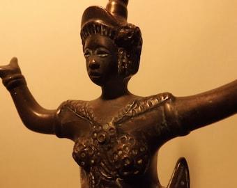 Statuette of Apsara dancer in bronze, Khmer art of lost-wax cast iron of Cambodia of the XIX century