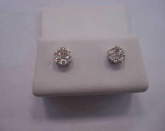 14k White Gold Cluster Earrings
