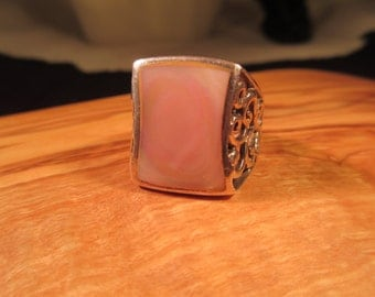 Cool Retro Sterling Silver Mother of Pearl Ring - 7.5