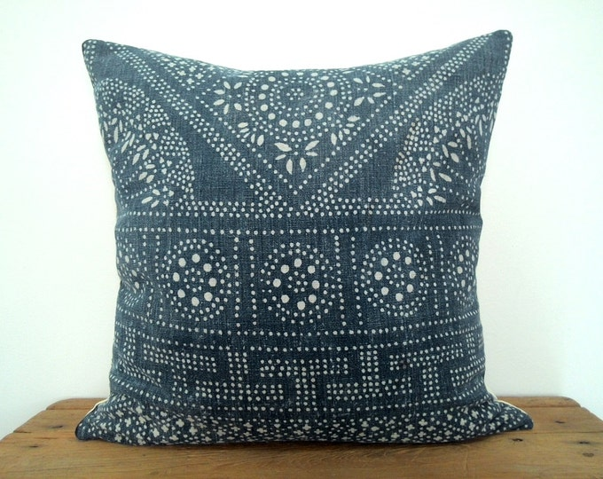 20% OFF SALE Vintage Indigo Batik Pillows, Old Chinese HMONG Batik Fabric Pillow Case, Ethnic Costume Textile Cushion Cover