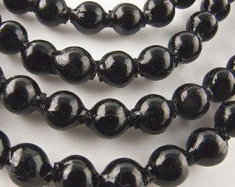 Vintage hollow blown jet glass rounds 6mm, Japan strand of 50. b11-bw-1063(e)