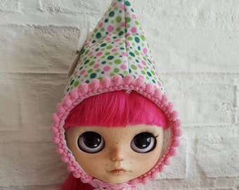 Dutch gnome hat for Blythe