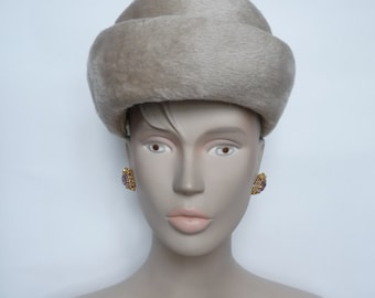 Small VINTAGE - WOMAN Hat
