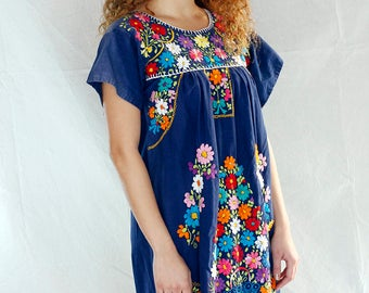 Vintage 70's Mexican Hand Embroidered Festival Dress / Oaxacan Hand Made Mexican Dress / 70s Ethnic Dress /Boho Hippie Dress Sz Small