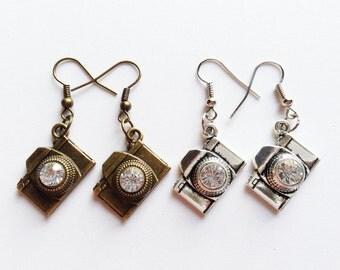CAMERA Earrings Camera Jewelry Camera Gift Photographer Earrings Photographer Jewelry Photographer Gift Camera Charm Movie Camera Earrings