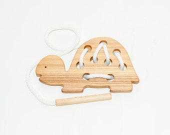 Wooden lacing turtle toy, Educational toy, Montessori toys, Organic toy, Toddler activity, Natural eco friendly, Learning sewing toys