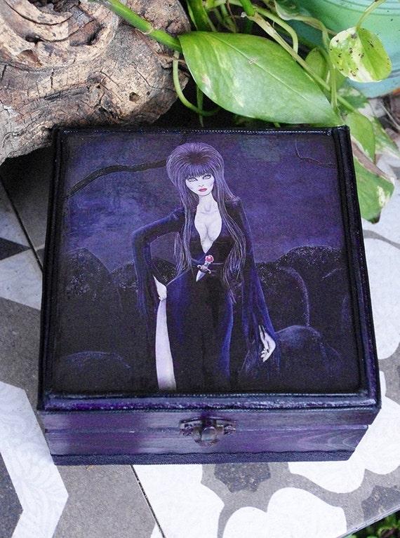 Caja Elvira