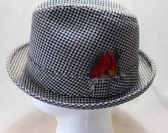 Vintage Dobb's Houndstooth Men's Trilby Dress Hat Fedora 7 1/4