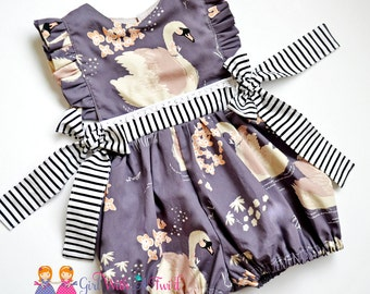 Baby Girl Romper, Swan Outfit, Bubble Romper, Toddler Girls Romper, Swan Romper, Vintage Playsuit, Baby Shower Gift, Toddler Boutique