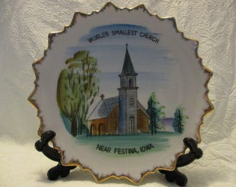 Vintage Small Worlds Smallest Church Near Festina Iowa Decorative collectors plate 8 1/4 inches