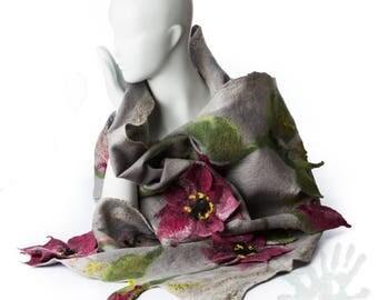 Shawl  / Lily flowers  / silk scarf  / Nuno felting scarf /  Handmade felted scarf / Merino wool / Wool Scarf/ Free shipping.