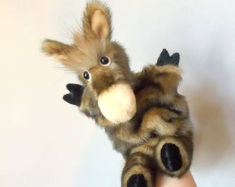 Horse. Brown horse. Toy glove. Bibabo. Toy on hand. Puppet theatre. Marionette.