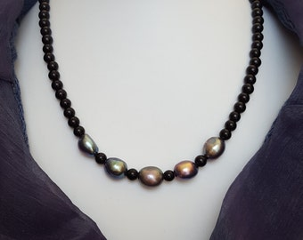 Grey freshwater pearl and black agate necklace