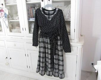 Cache-coeur en lainage noir floqué blanc, shabby romatique, style Les ours
