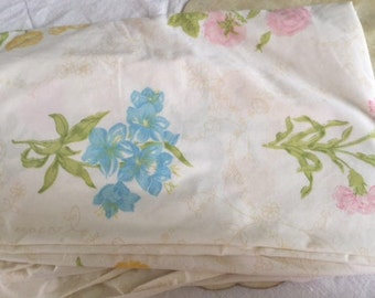 Vintage twin fitted floral print sheet. Free shipping