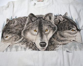 Vintage Wolf Shirt - Nature Tshirt - Vintage Wolf Tshirt - Tourist Shirt - 90s Shirt - 90s Wolf Shirt - White Wolf Shirt - Wolves Shirt