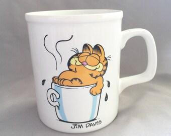 Garfield Coffee Mug // Vintage Coffee Mug // Retro Kitchen // Vintage Coffee Mug // Vintage Coffee Mug // Vintage Garfield (D2)