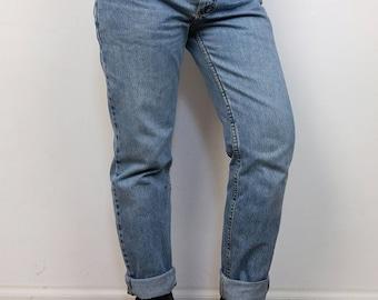 LEE | Vintage 90's Regular Waist Light Stonewash Lee Jeans | size 32 -32
