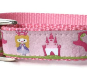 "dog collar - pretty pink princess dog collar - 3/4"" wide medium dog collar with metal buckle - princess castle cute summer girl puppy collar"
