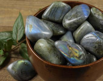 One Medium LABRADORITE Tumbled Stone - Labradorite Stone Labradorite Crystal, Labradorite Jewelry Healing Crystal, Labradorite Pendant E0210